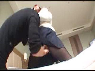 【鈴木一徹女性向け動画】可愛い制服JKのアナルを舐めて潮吹きセックスするイケメン