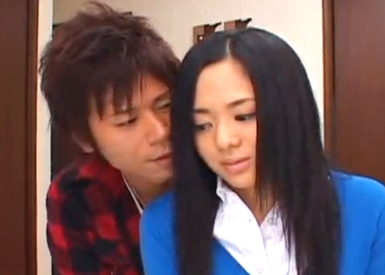 【イケメンSEX女性向け動画】お兄ちゃんが隣の部屋にいるけどイケイケの彼氏に強引に迫られる。