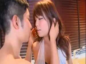 【イケメンSEX女性向け動画】大沢真司くんとキッチンでラブエッチ!ご飯前に奥様をいただきますしちゃう女性向けAv
