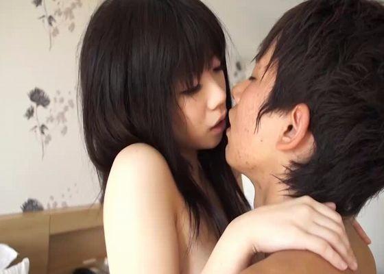 【イケメンSEX女性向け動画】初々しい反応の色白美少女とエロメン月野帯人のホテルでラブラブセックス