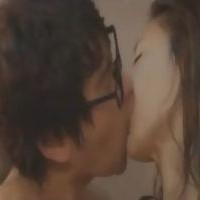 【SEX女性向けAV動画】狭いシャワー室でお互い裸のまま欲望のままに抱き合うセクロス