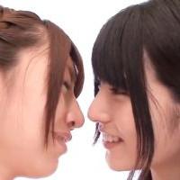 【SEX女性向けAV動画】仲良しなレズカップルがすごく楽しそうに濃厚なキス♥